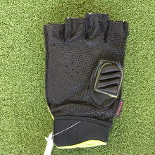 Load image into Gallery viewer, Kookaburra Team Storm Glove RH - Sportologyonline
