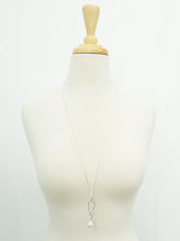 Load image into Gallery viewer, Link Chain Pendant Necklace With Pearl