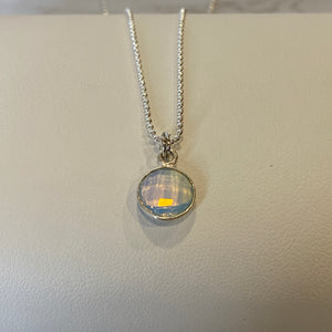 Guiding Crystal Lights Necklace Collection