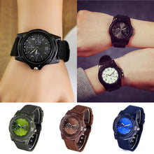 Load image into Gallery viewer, Men's Round Textile Round Quartz Watch