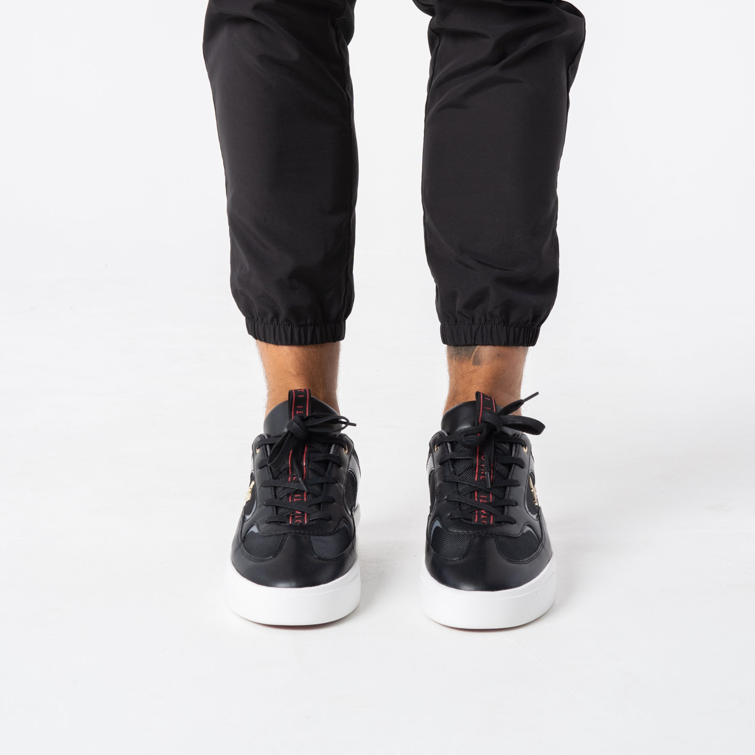 Ritual Trainer - Black / Steel Grey / Red