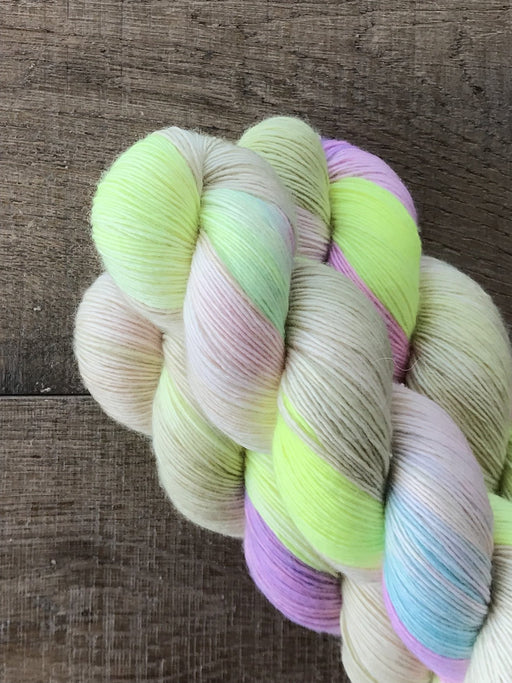 Qing Fibre Merino Singles - Bubble - The Village Haberdashery
