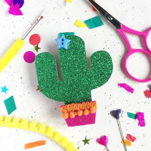 Cute Badge Making Kit - Cacti - The Village Haberdashery