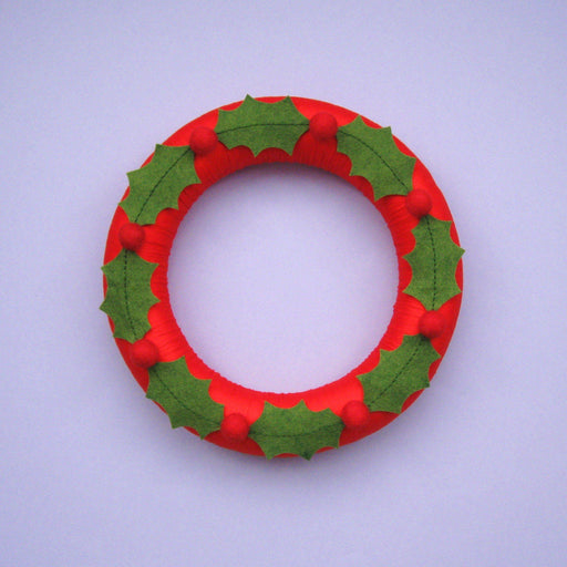 Felt Holly Wreath - The Village Haberdashery