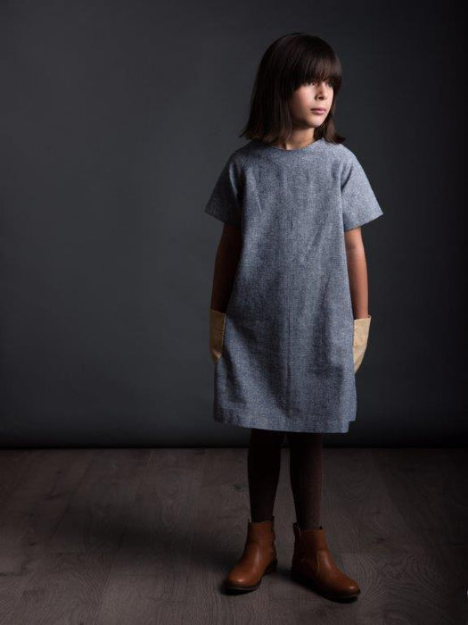 The Avid Seamstress - The Raglan Dress for Girls - The Village Haberdashery