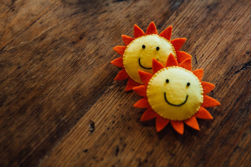 Happy Sun Brooch - The Village Haberdashery
