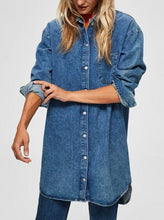 Load image into Gallery viewer, SLFHARPER LONG FRAY SHIRT | BLUE DENIM | SELECTED