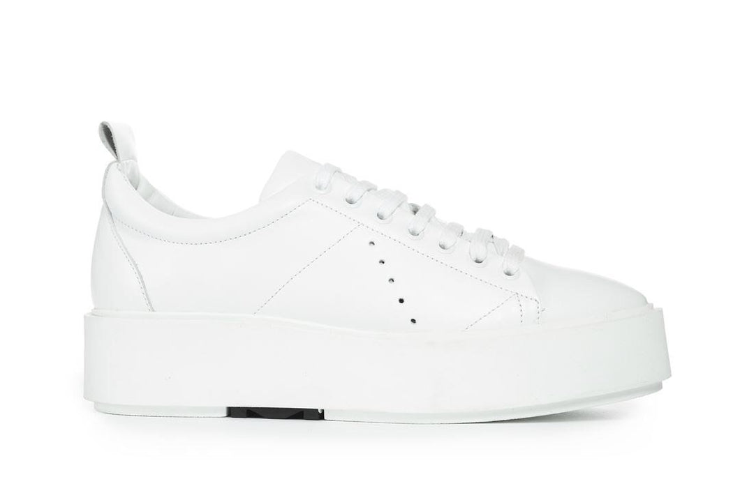 MOROBE | WHITE | CANNES