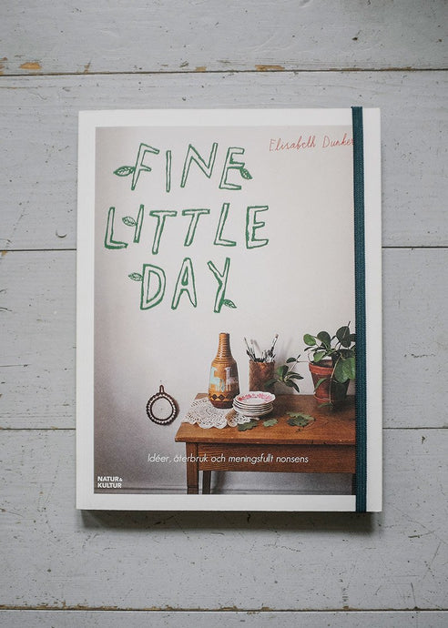 FINE LITTLE DAY BOOK, ENGLISH