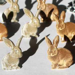 EYELET OUTLET BRADS RABBITS BROWN (HAS TO BE ORDERED)