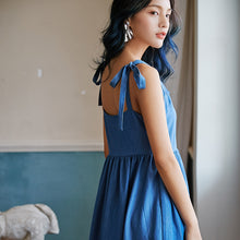 Load image into Gallery viewer, Blue gathered midi dress