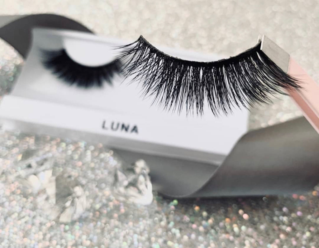 Luna Eye Lashes