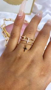 Crucifier ring