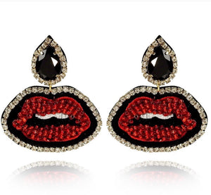 Red lips earrings