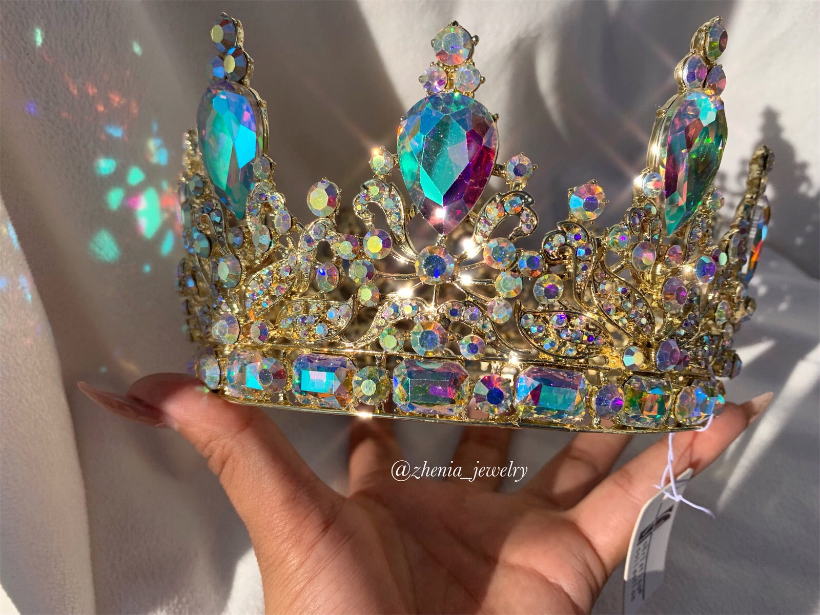 Yoli crown