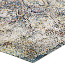 Load image into Gallery viewer, Success Jacinda Distressed Vintage Floral Persian Medallion 5x8 Area Rug