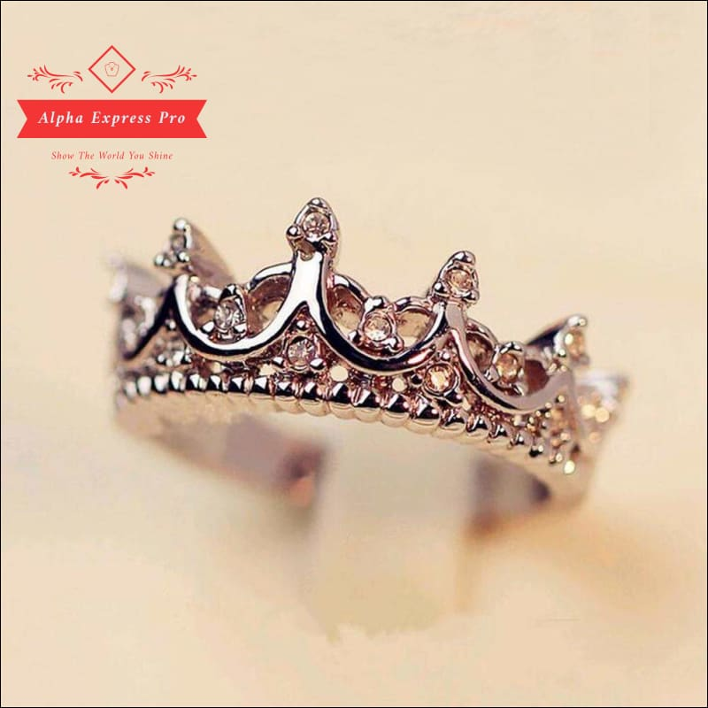 Women Hollow Crown Queen Ring - AlphaExpressPro