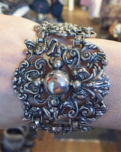 Load image into Gallery viewer, 1950's vintage Sperry Gothic Style Bracelet