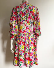 Load image into Gallery viewer, 1980's Silk Floral dress. 4-8