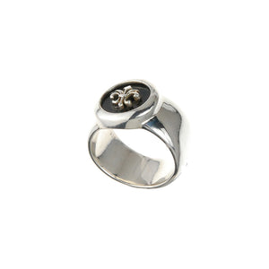 "Silver Ring ""Classic"" with Round ff Onyx plus ""Lily"""