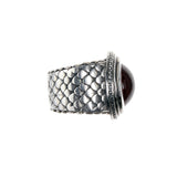 "Silver Ring ""Dragon scales"" Oval Round Holder"