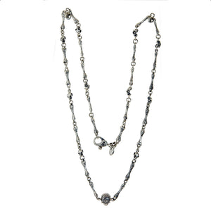 "Silver Neckchain ""Bones"" and small Skulls and Center ""Skull"""