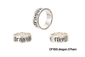 "Silver Ring Plain Facetted with ""Dragon Fire"""