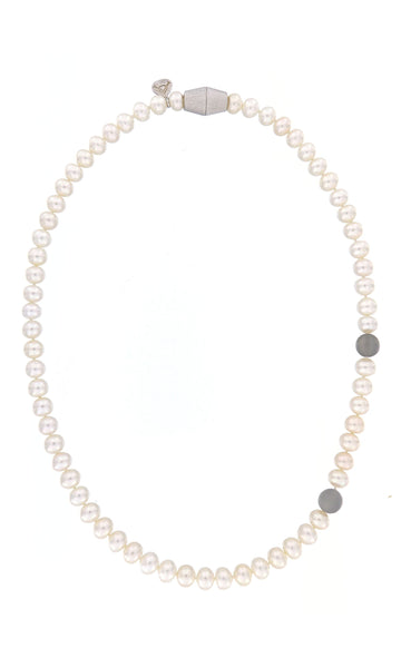 Moon River Pearl Necklace by Peregrina Pearls