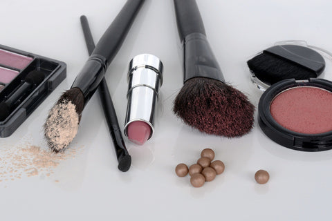 5 simple steps to a cleaner makeup drawer