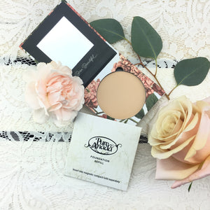 Pure Anada Sheer Matte Foundation compact