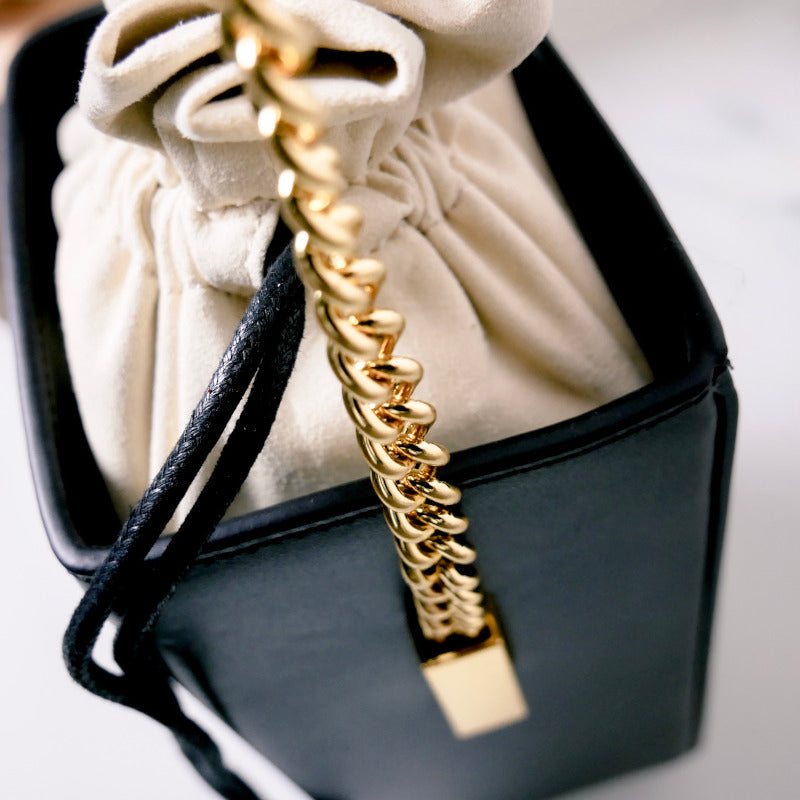 Ama - Leder-Bucket-Bag