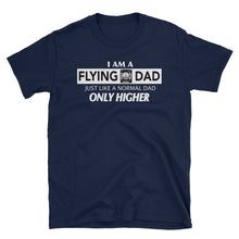 Laden Sie das Bild in den Galerie-Viewer, Flying Dad T Shirt für Väter