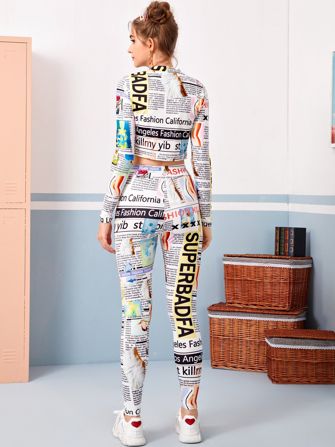 Mock Neck Pop Art Print Top & Leggings Set