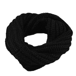 Black Women's Knitted Circle Scarf
