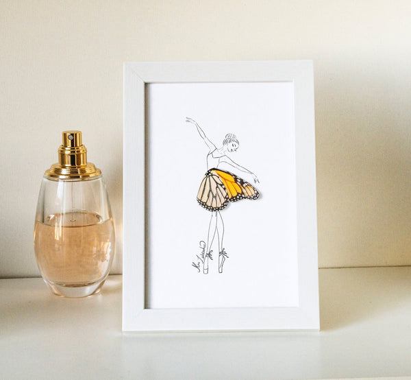3D illustration Monarch Butterfly Girl for Home Decor, Frame Included