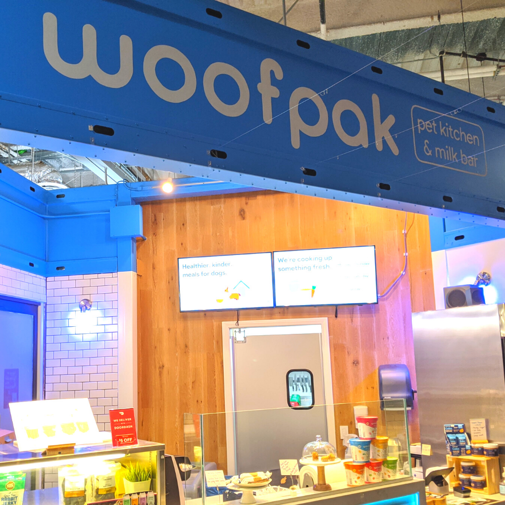 Woofpak Pet Kitchen