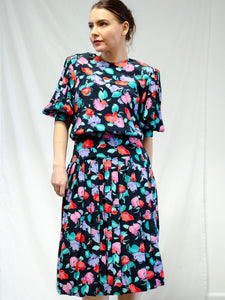 Vintage 80s Floral Pleated Dress / S-M
