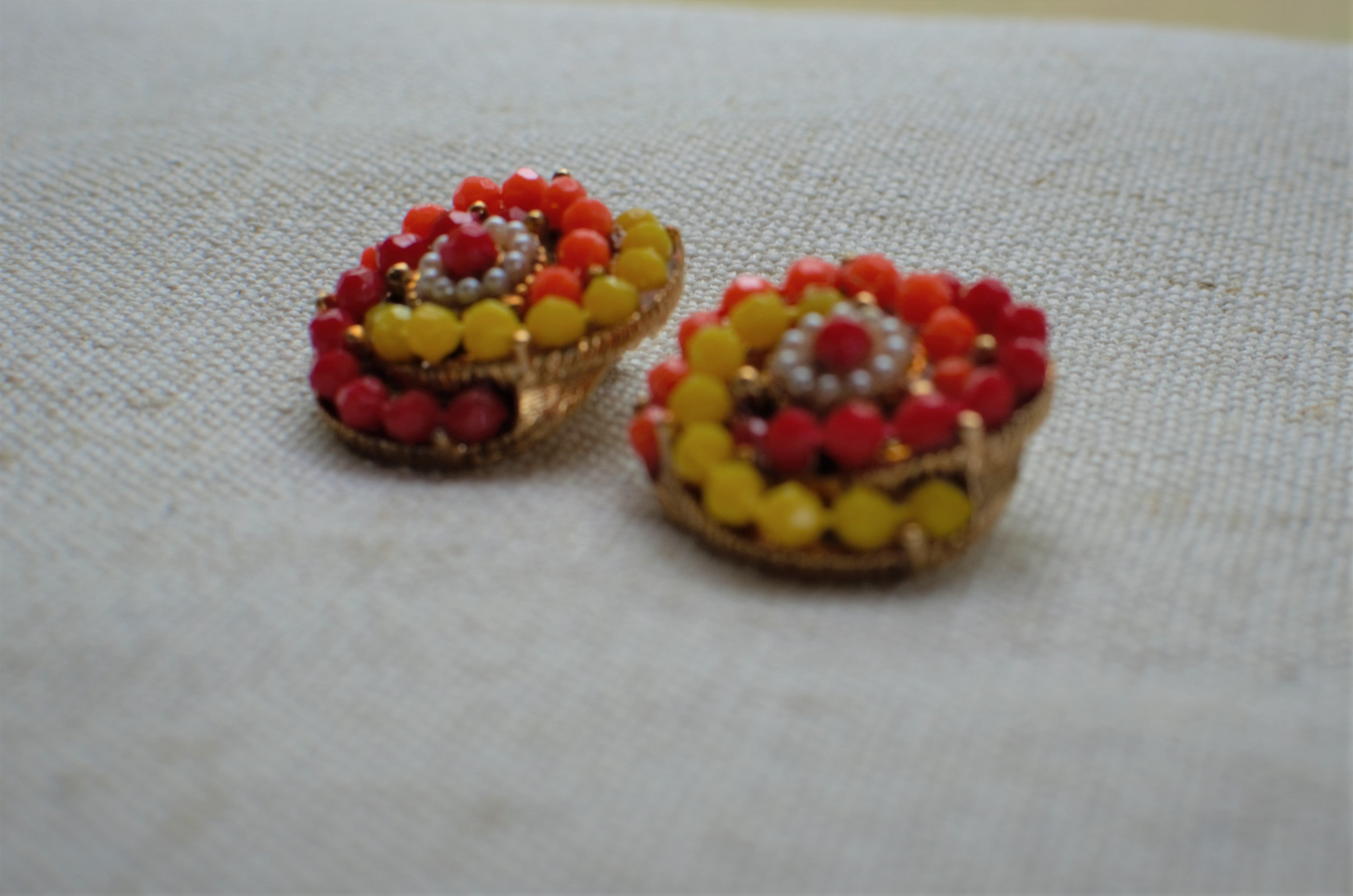 Vintage 60s-70s Sunset Beaded Clip Ons