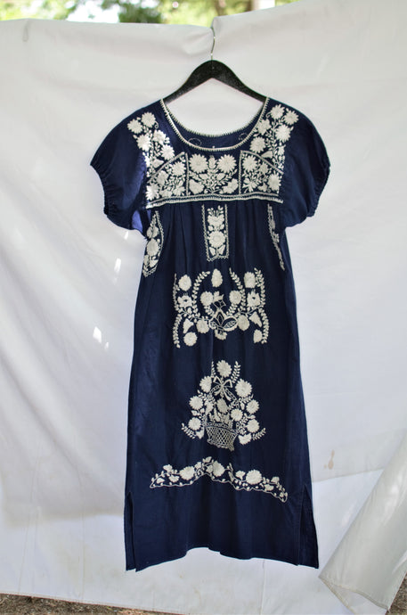 Vintage 70s Navy Oaxacan Dress / S-M