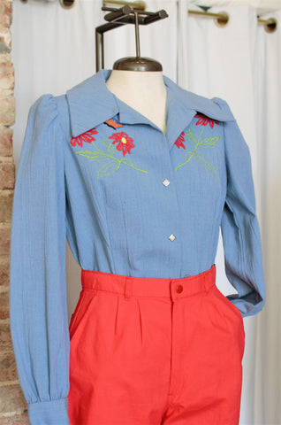 1970s Embroidered Denim Top / Medium
