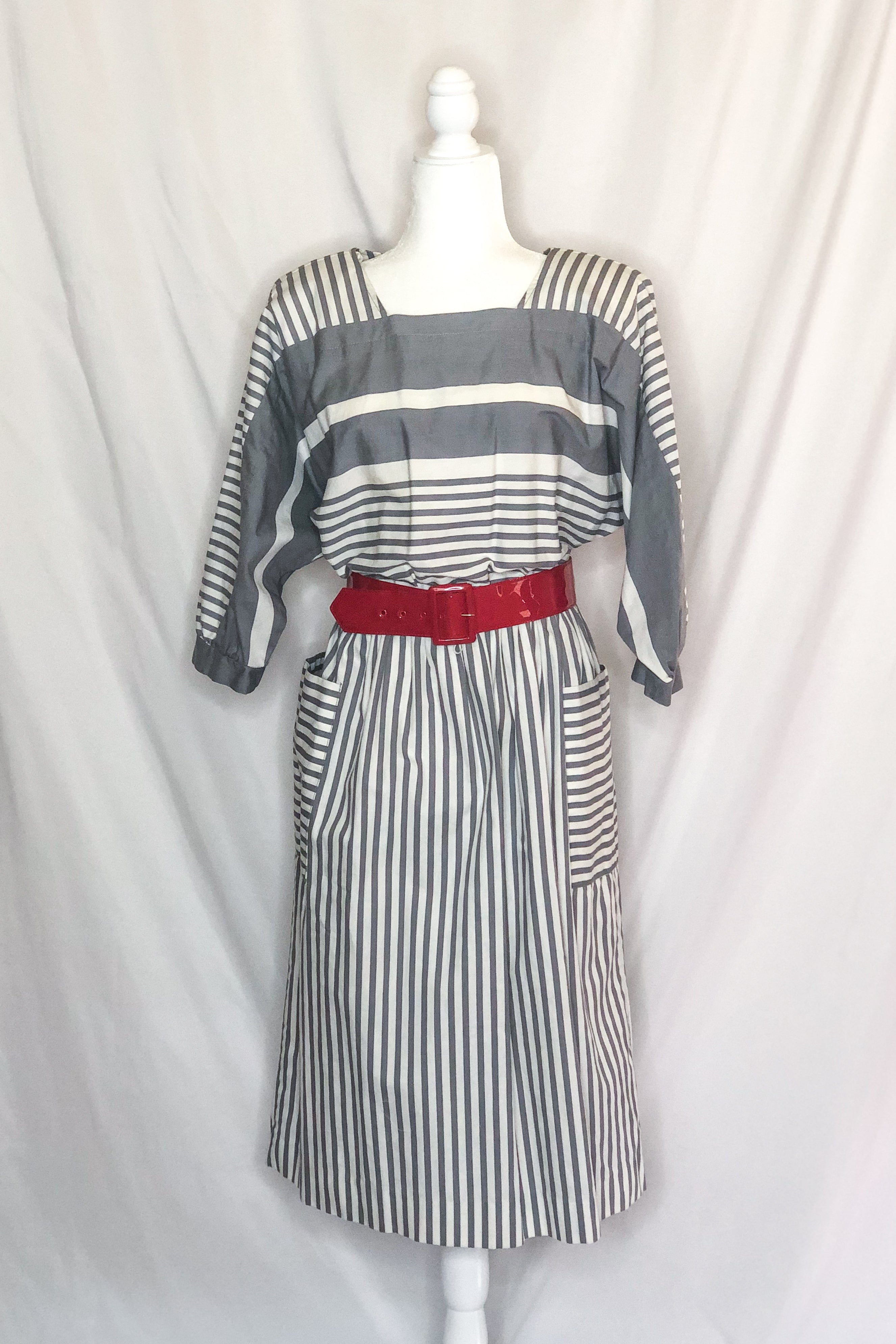 Vintage 80s Grey and White Striped Dress / M-L