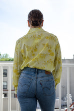 Load image into Gallery viewer, Vintage 70s Yellow Floral Blouse / S-M