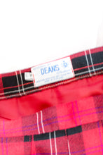 Load image into Gallery viewer, Vintage Red and Black Plaid Skirt / S-M