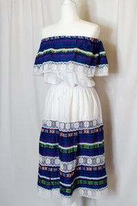 Vintage White Off the Shoulder Mexican Dress / XS-M