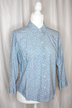 Load image into Gallery viewer, Vintage 90s Light Blue Floral Shirt by Liz Claiborne / S-M