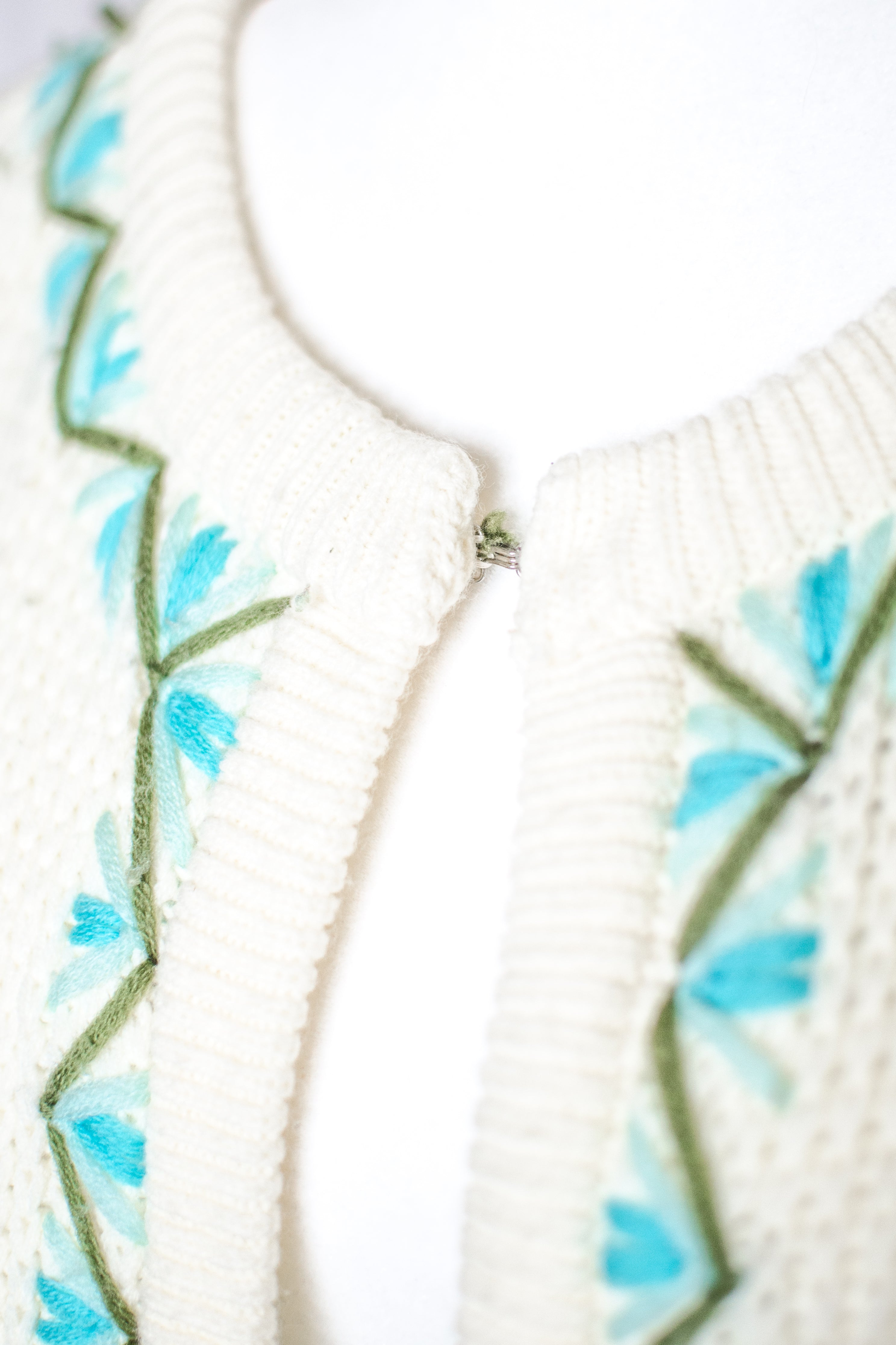 Vintage 60s-70s Embroidered Long Cardigan  / S-M