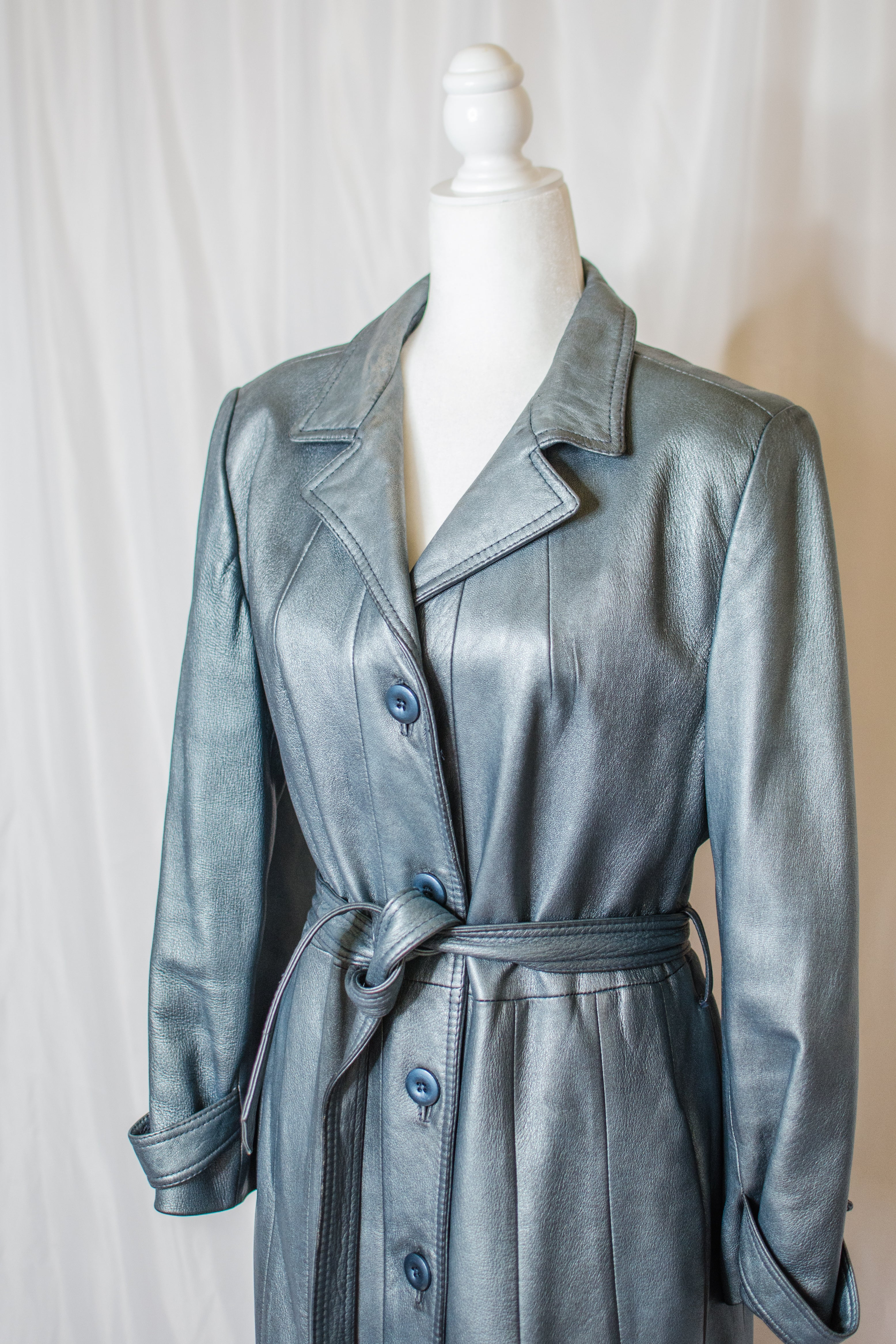 Vintage 70s Silver Leather Coat / S