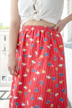 Load image into Gallery viewer, 70s Red Floral Reversible Full Skirt / S-M