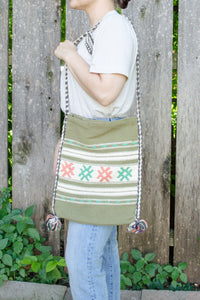 Vintage 70s Green Crochet Crossbody Bag