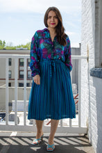 Load image into Gallery viewer, Vintage Blue Belted Midi Skirt / S